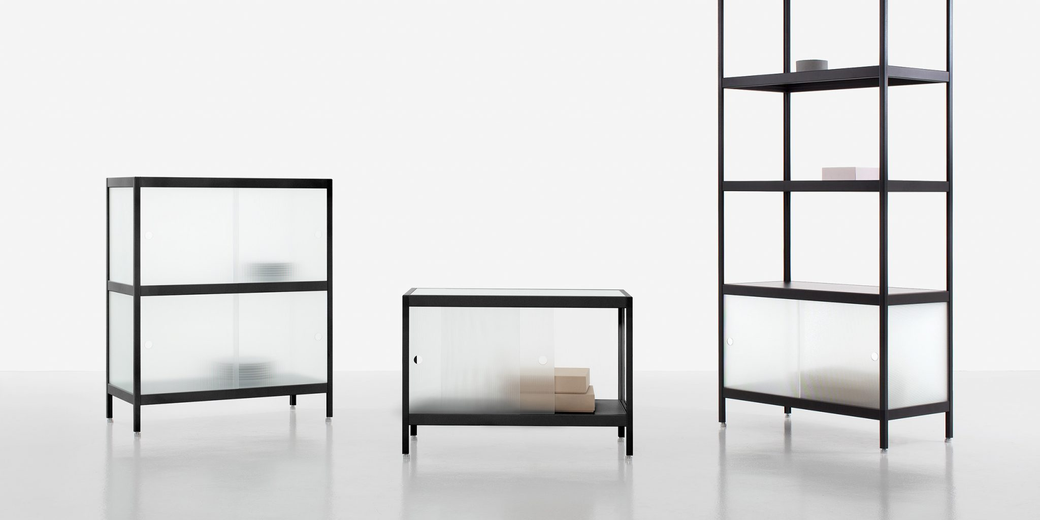 mist collection design by julien renault pour les meubles kewlox. Black Bedroom Furniture Sets. Home Design Ideas
